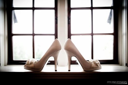 wedding shoe photograph
